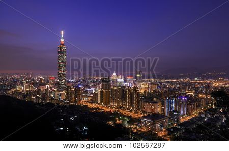 View From The Xiangshan Is The Classical View Of The 101 And Taipei Night Scene