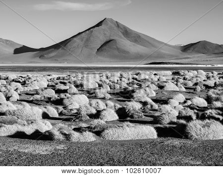 Mountain peaks at Laguna Colorada in Bolivia