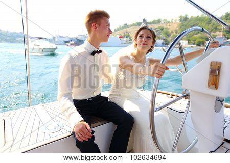 honeymoon cruise on a yacht