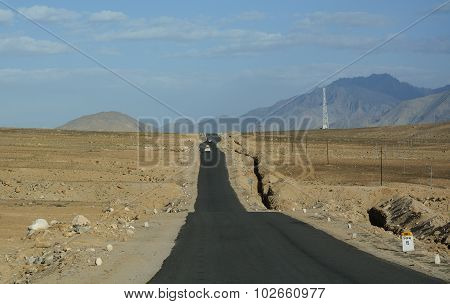 Beautiful Road With Mountain In Ladakh