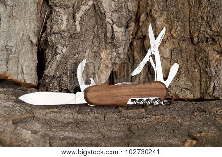 Folding Multipurpose Knife