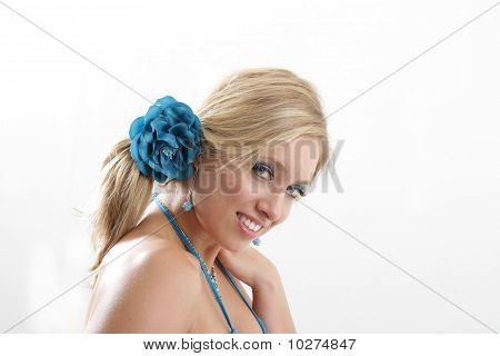 girl smiling blue hairband