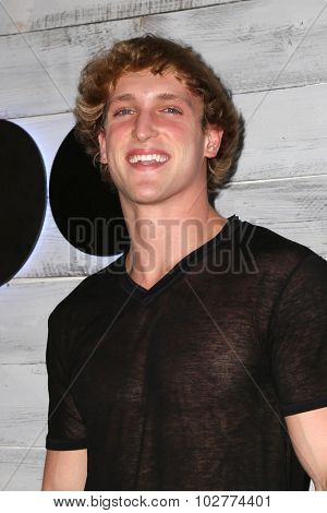 LOS ANGELES - SEP 24:  Logan Paul at the VIP Sneak Peek Of go90 Social Entertainment Platform at the Wallis Annenberg Center for the Performing Arts on September 24, 2015 in Los Angeles, CA