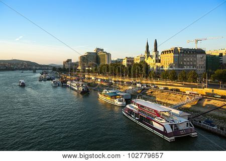 BUDAPEST, HUNGARY - SEPT 20, 2015: The Danube Promenade. Pest panorama of the Danube - UNESCO world heritage site.