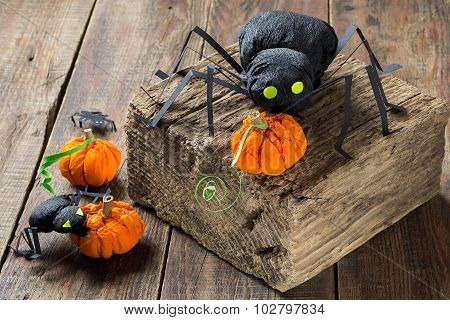 Halloween Decor: Black Spiders And Pumpkins Made Of Paper