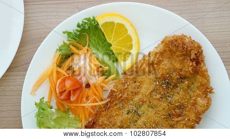 Battered Fish Steak With Salad And Vegetable