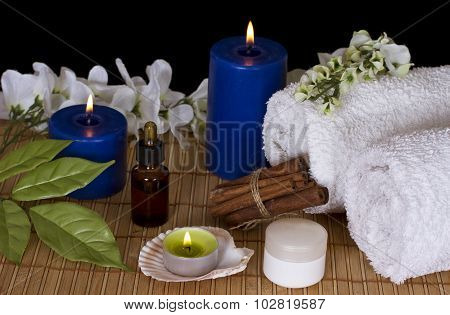 Accessories For Spa Treatments In The Candlelight