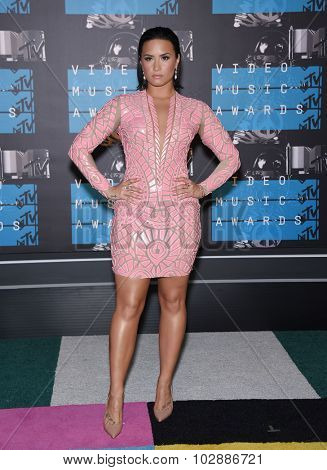 LOS ANGELES - AUG 30:  Demi Lovato 2015 MTV Video Music Awards - Arrivals  on August 30, 2015 in Hollywood, CA