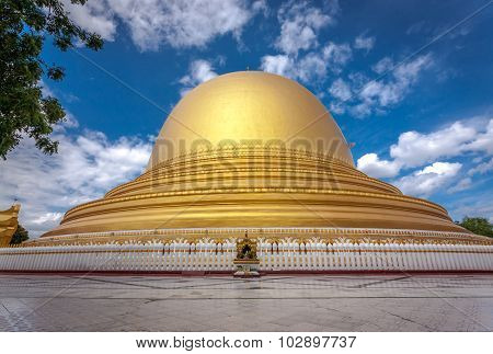Kaungmudaw Pagoda in Sagaing, Myanmar
