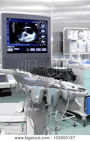 Echo (ultrasound) Machine With The Image Of Heart