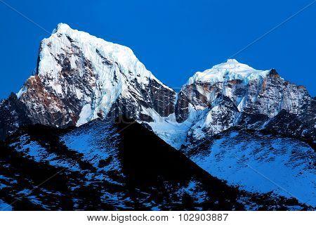 Kangtega And Thamserku - Beautiful Mounts Above The Namche, Nepal