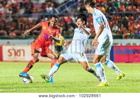 Sisaket Thailand-september 20: Adefolarin Durosinmi Of Sisaket Fc. (orange) In Action During Thai Pr
