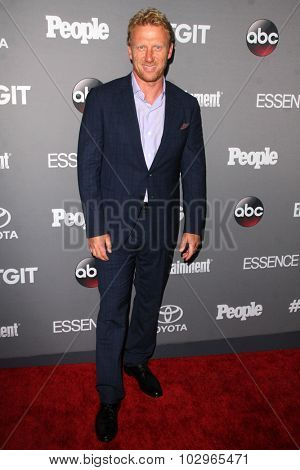 LOS ANGELES - SEP 26:  Kevin McKidd at the TGIT 2015 Premiere Event Red Carpet at the Gracias Madre on September 26, 2015 in Los Angeles, CA