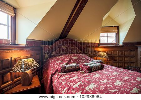 Colonial Style Bedroom Interior