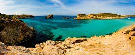image of gozo  - The Blue Lagoon on Comino Island - JPG