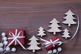 pic of ribbon decoration  - Red Christmas Gifts - JPG