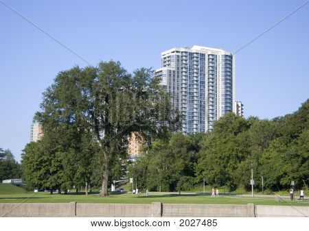 Lakefront Condos And Tourist