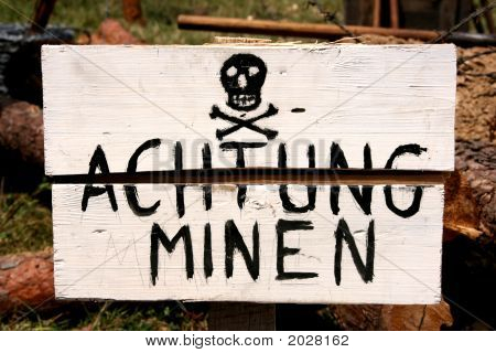 Land Mines Warning In German