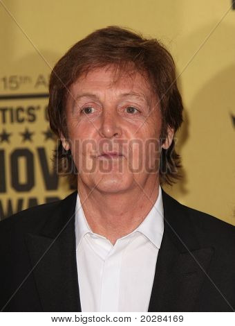LOS ANGELES - JAN 15:  Sir Paul McCartney arrives to the 15th Annual Critics Choice Movie Awards  on January 10,2011 in Hollywood, CA