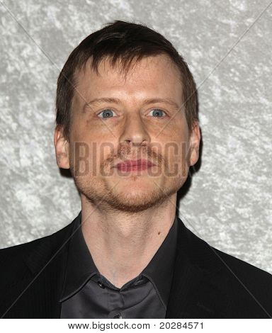 LOS ANGELES - JAN 12:  Kevin Rankin arrives at the Season 5 premiere of
