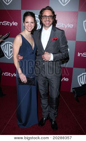 LOS ANGELES - JAN 16:  Robert Downey Jr & wife Susan arrive at the 12th Annual WB-In Style Golden Globe After Party on January 16, 2011 in Beverly Hills, CA