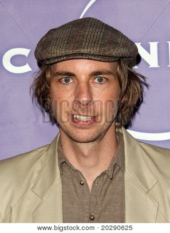 PASADENA, CA - JAN 13:  Dax Shepard arrives at the NBC All-Star Party on January 13, 2011 in Pasadena, CA