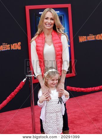 """LOS ANGELES - MAR 06:  Taylor Armstrong & Kennedy arrives at the """"Mars Needs Moms"""" World Premiere  on March 06, 2011 in Hollywood, CA"""