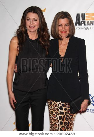 LOS ANGELES - MAR 19:  Jane Leeves & Wendie Malick arrive to the 25th Annual Genesis Awards  on March 19, 2011 in Century City, CA