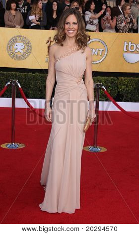LOS ANGELES - Feb: Hilary Swank kommt bei den SAG-Awards 2011 am 30. Januar 2011 in Los ein