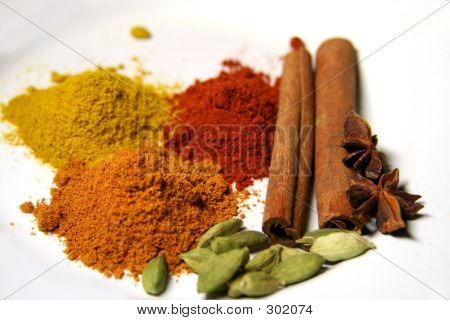 Close Spices