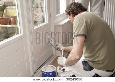 Pintura A puerta blanco