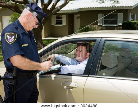 Polícia - escrita de bilhete