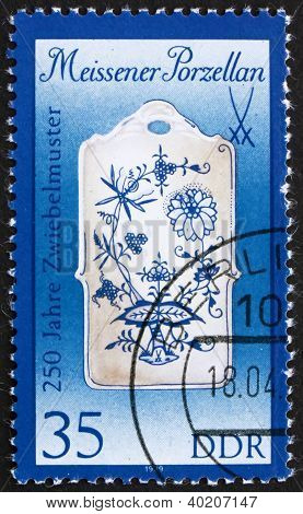Postage Stamp Gdr 1989 Breadboard, Meissen Porcelain