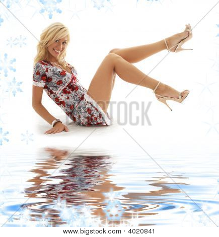 Classical Pin-Up Blonde On White Sand