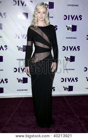 LOS ANGELES - DEC 16:  Iggy Azalea arriving at the VH1 Divas Concert 2012 at Shrine Auditorium on December 16, 2012 in Los Angeles, CA