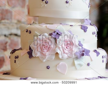 Wedding Cake Close