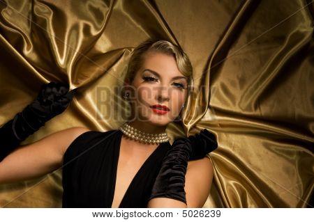 schöne Frau retro Porträt