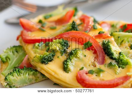 Broccoli and Tomato Omelette (omelet)