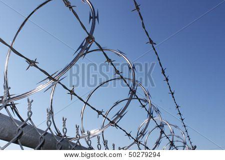 Barbwire and razor wire