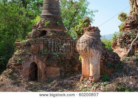 Lion In Ancient Burmese Buddhist Pagodas