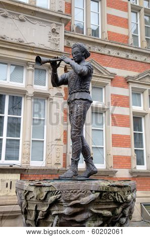 Statue of Pied Piper (Rat-Catcher) of Hamelin. Germany.