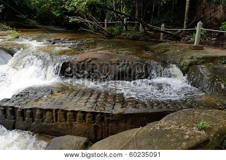 River Of 1000 Lingas