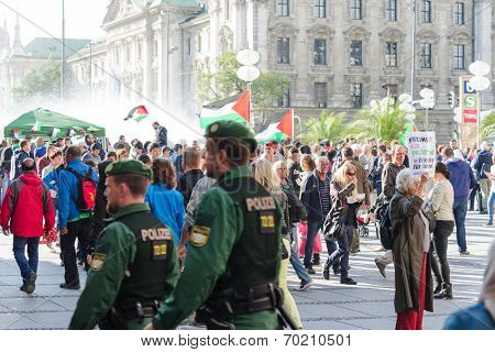 German Police To Maintain Order On The Pro-palestinian Demonstration