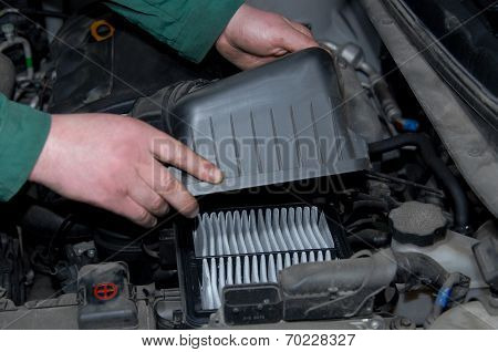 replacement of air filter