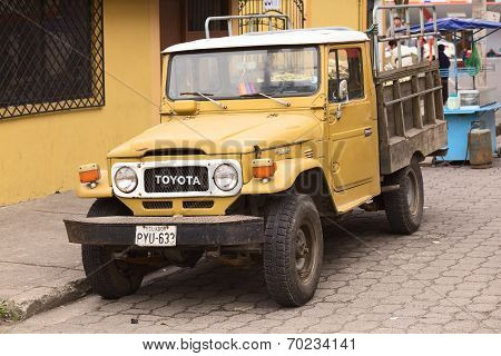 Toyota Land Cruiser in Banos, Ecuador