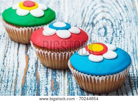 Cupcakes Covered With Mastic