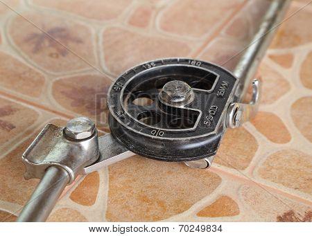 A Pipe Bender Tool