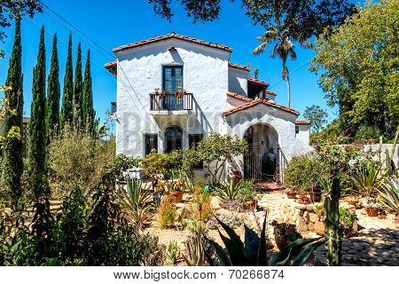 House Build In Traditional Style Santa Barbara, California