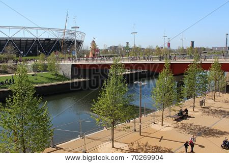 London - April 5. Stadium and Bridge April 5, 2014, Opening Day Of New Queen Olympic Elizabeth Park