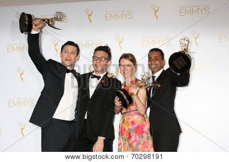LOS ANGELES - AUG 16:  Joseph Gordon-Levitt, Jared Geller, Belisa Balaban, Gaurav Misra at the 2014 Creative Emmy Awards - Press Room at Nokia Theater on August 16, 2014 in Los Angeles, CA